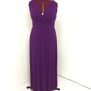 2XL MERONA Stretch Plum Maxi Wrap Dress with Lace